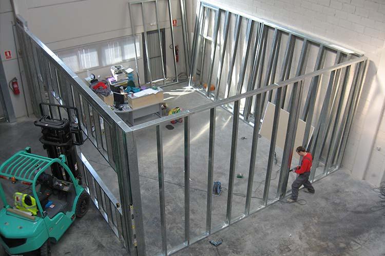 Construcci n de unas oficinas en una nave industrial for Construccion oficinas